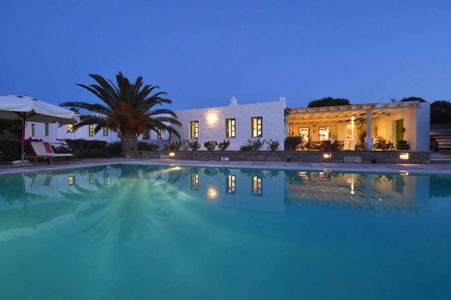(For Sale) Residential Villa || Cyclades/Paros - 350 Sq.m, 4 Bedrooms, 1.700.000€