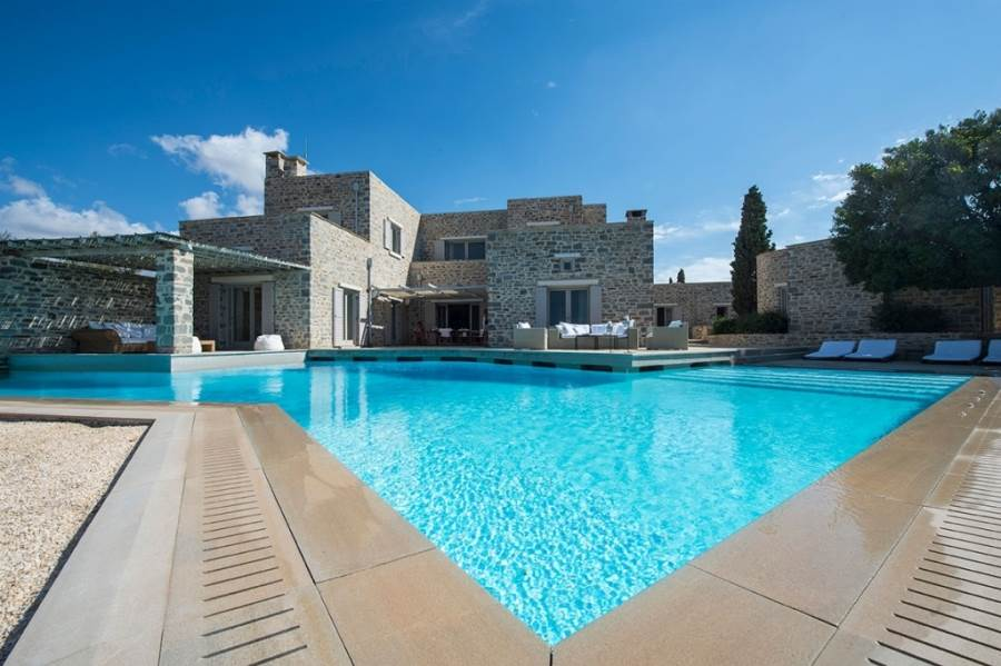(For Sale) Residential Villa || Cyclades/Paros - 805 Sq.m, 8 Bedrooms, 4.500.000€