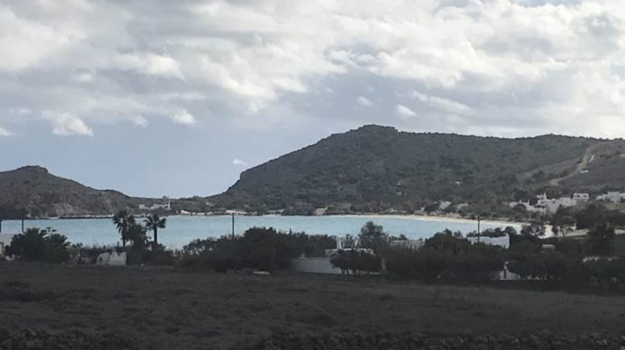 (For Sale) Land Plot || Cyclades/Paros - 9.000 Sq.m, 450.000€